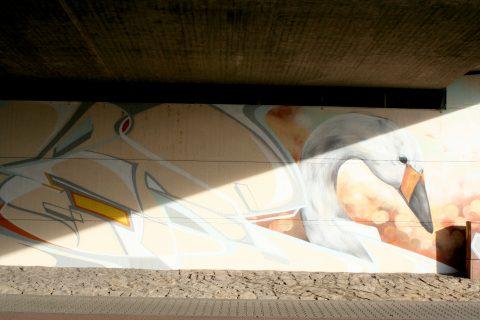 MANTRA & LOVE, ›Trier und Schwäne‹, 2015 | Konrad-Adenauer-Brücke, Trier