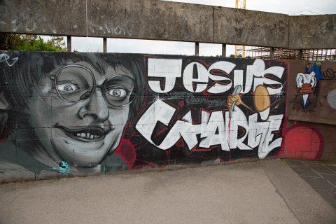 MAGE, Je suis Charlie, 2015 | Unterführung Kaiserthermen, Trier