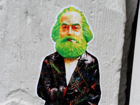 Unbekannt, Karl Marx mit Zigarette, um 2013 | Judengasse, Trier