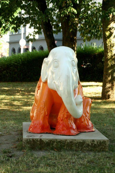 Elephant_Parade_Trier_Luxemburg_2013_Melting_Elephant_02 |