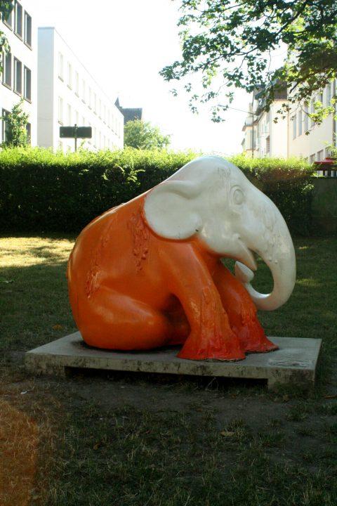 Elephant_Parade_Trier_Luxemburg_2013_Melting_Elephant_04 |