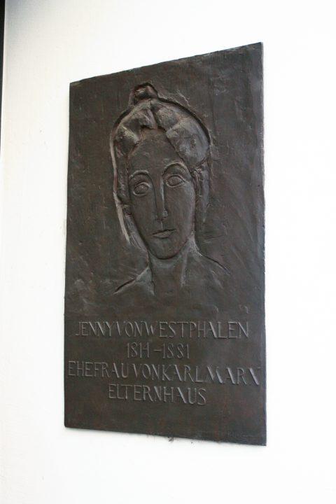Franz Schönberger, Gedenktafel für Jenny von Westphalen, 1982 |