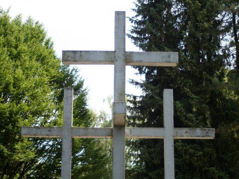 Jupp_Zimmer_Adolf_Steines_Den_Toten_der_beiden_Weltkriege_Hauptfriedhof_Trier_003 |