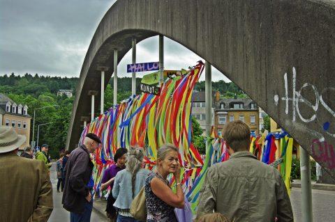 Annamalt, Wilkommen – Hand in Hand mit Europa, Juni 2017 | Gartenfeldbrücke, Trier
