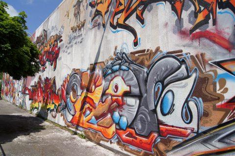 Verschiedene Sprayer, Skatehalle Trier West, 2015 |
