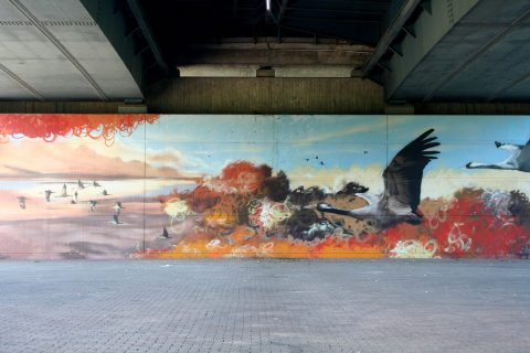 Mantra_&_Love_Graffiti_Konrad_Adenauer_Brücke_Trier_201702 |