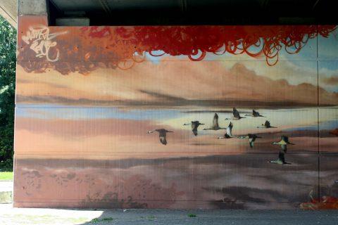 Mantra_&_Love_Graffiti_Konrad_Adenauer_Brücke_Trier_201703 |