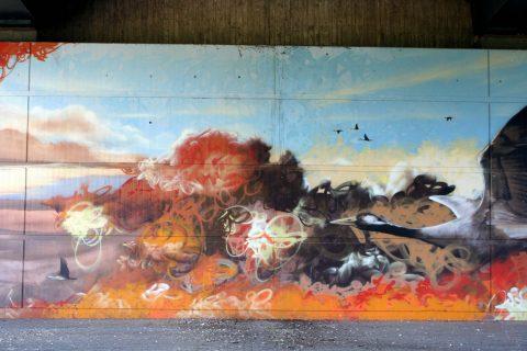 Mantra_&_Love_Graffiti_Konrad_Adenauer_Brücke_Trier_201704 |