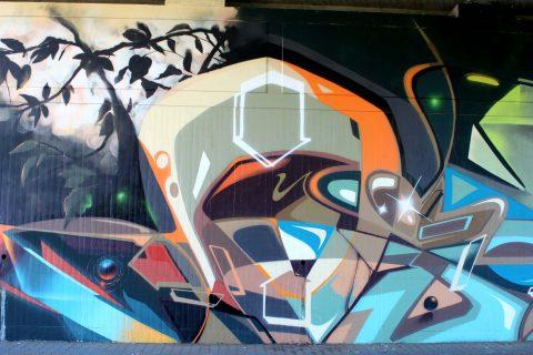 Mantra_&_Love_Graffiti_Konrad_Adenauer_Brücke_Trier_201715 |