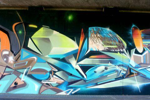 Mantra_&_Love_Graffiti_Konrad_Adenauer_Brücke_Trier_201716 |