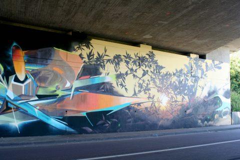 Mantra_&_Love_Graffiti_Konrad_Adenauer_Brücke_Trier_201726 |