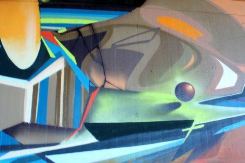 Mantra_&_Love_Graffiti_Konrad_Adenauer_Brücke_Trier_201730 |